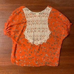 Daytrip Sz S Orange and Gold Lace Back Top